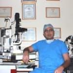 Dr. Ruvit Nikam - Ophthalmologist, Mumbai