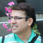 Dr. Mandar Joglekar - Dentist, Pune