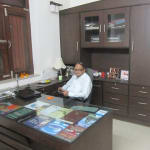 Dr. Puneet Agrawal  - General Surgeon, Agra