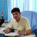 Dr. Vineet Singh  - Ayurvedic Doctor, Varanasi
