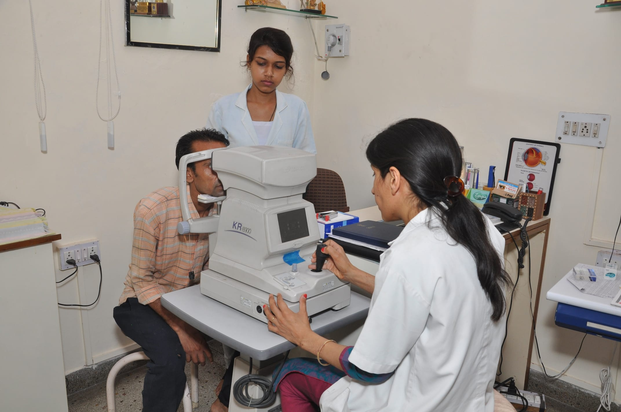 Dr  Mahendra Nath Thareja - Book Appointment, Consult Online, View